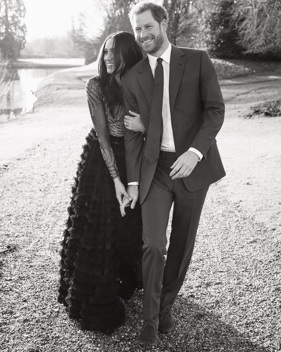 Guapo y ex asistente de Mario Testino, él es el fotógrafo de la boda real Descendiente de la Familia Real polaca e inglés de nacimiento, Alexi Lubomirski es el elegido para inmortalizar este enlace del príncipe Harry y Meghan Markle.